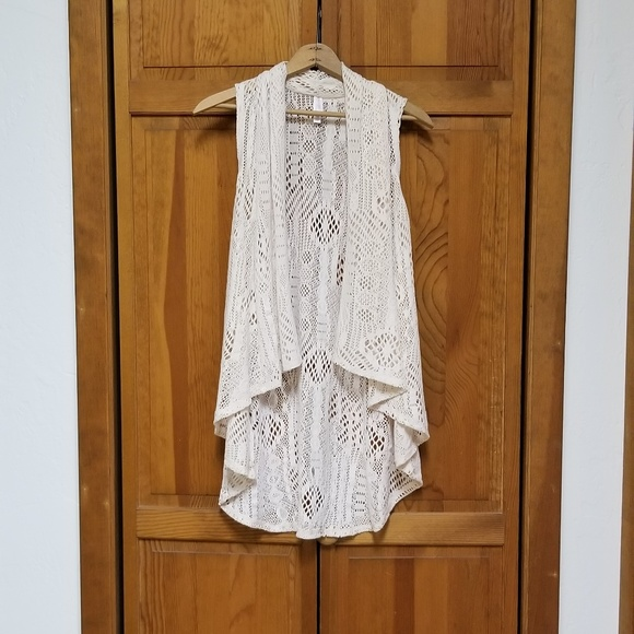 Xhilaration Jackets & Blazers - Xhilaration Lace Asymetrical Vest Top